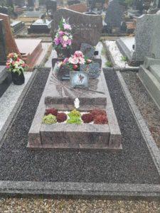 Entretien Sépulture par les établissement marbrerie funéraire Schittly 67 Bischwiller